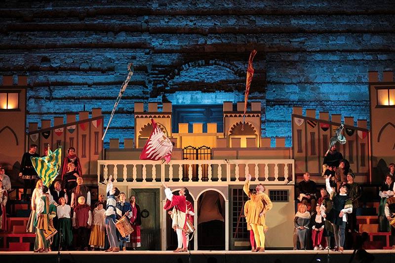 Bruscello Poliziano theater show