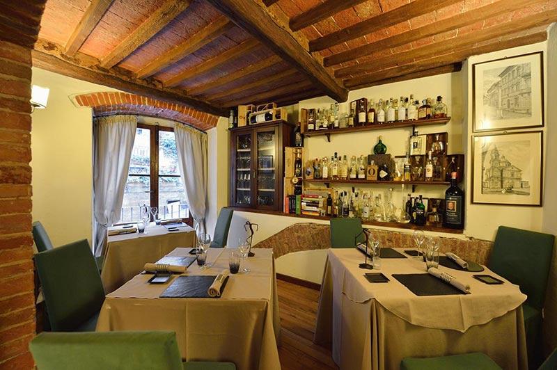 Le Logge del Vignola ristorante a Montepulciano