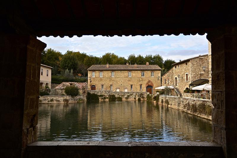 Bagno Vignoni piazza delle sorgenti