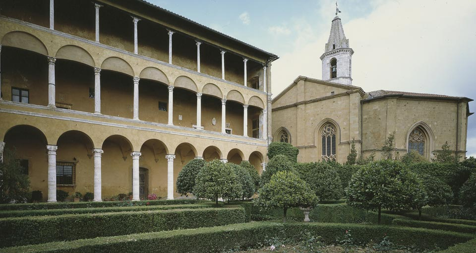 Palazzo Piccolomini Giardini Pensili