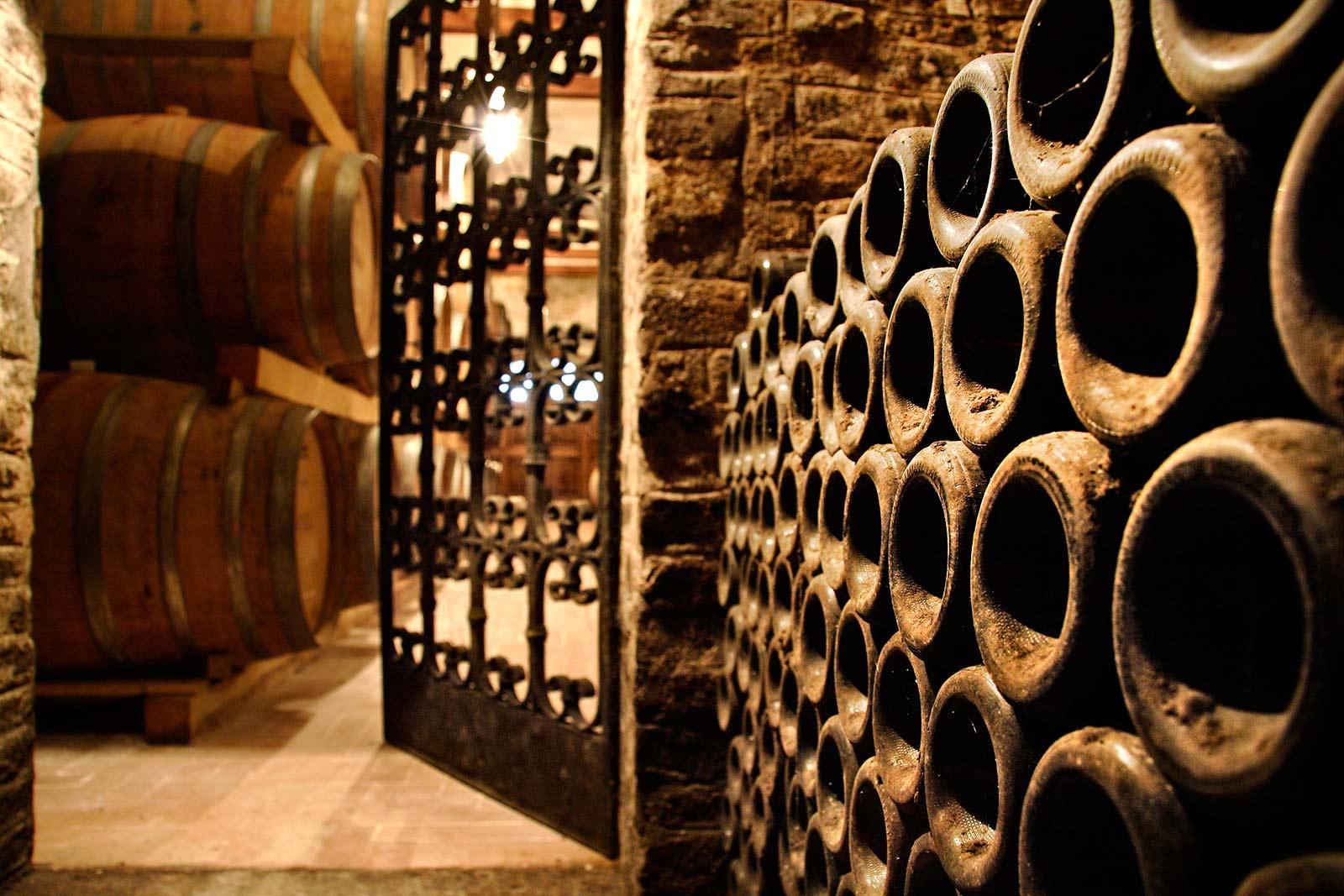 Come degustare il Vino Rosso di Montepulciano