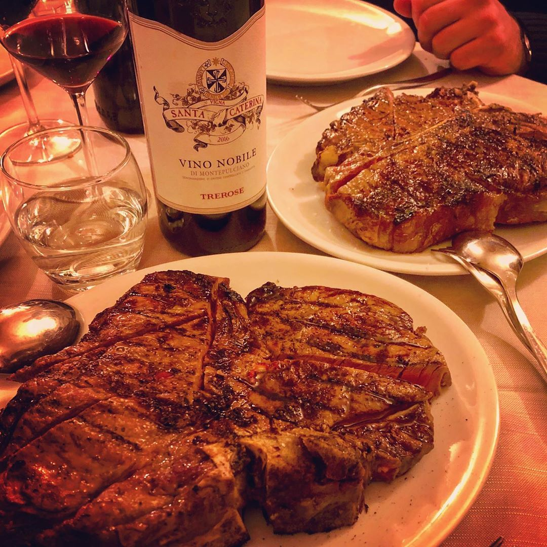 Fiorentina steak and Nobile wine