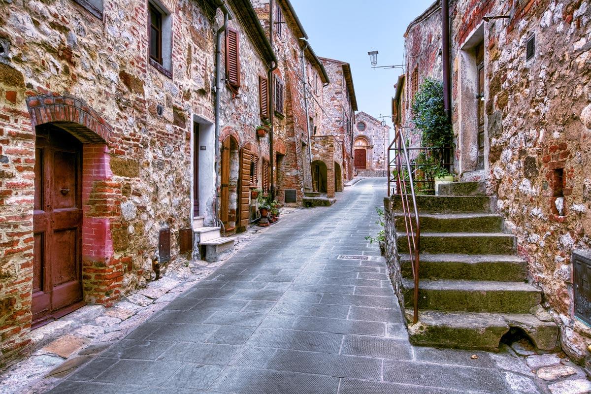 Montefollonico borgo del Vin santo